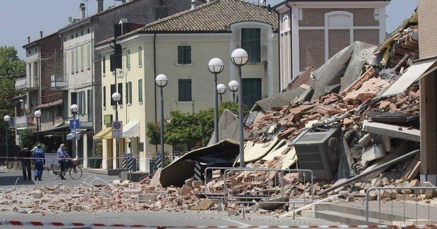 Число погибших землетрясения вИталии выросло до 24 человек