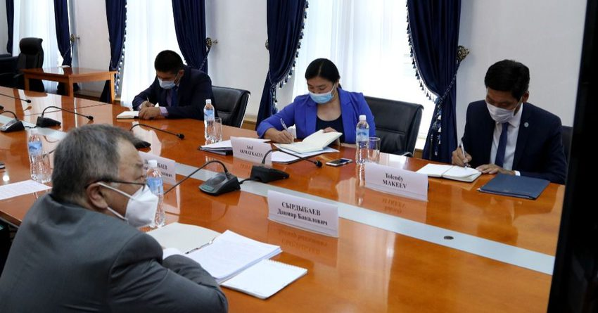 КР и Япония продолжат совместные проекты в отраслях экономики