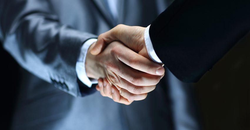 В Узбекистане премьер-министра обяжут лично принимать инвесторов