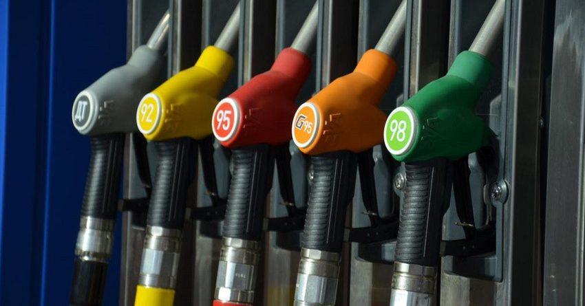 Из-за роста цен ГУОБДД закупит бензин на 8.6 млн сомов дороже