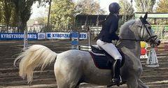 «Кыргызкоммерцбанк» поддержал соревнования по конкуру в Конноспортивной школе Бишкека
