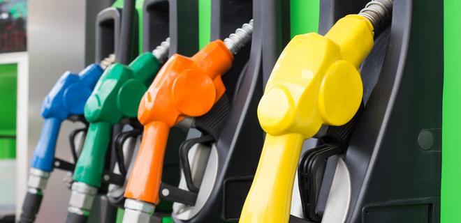 В КР стали завозить контрабандный бензин. Нефтетрейдеры просят решить вопрос