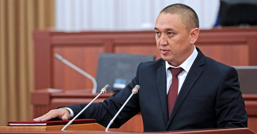 Глава Госкомсвязи использует в служебных целях автомобиль Кыргызтелекома