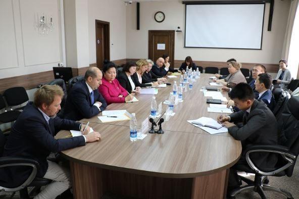 Нацбанк обсудил с международными донорами развитие деятельности банков КР