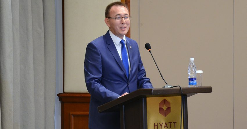 Абдыгулов: Правительство намерено поддерживать бизнес финансово