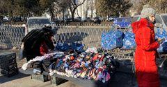 В Бишкеке за стихийную торговлю предпринимателей оштрафовали на 240 тысяч сомов