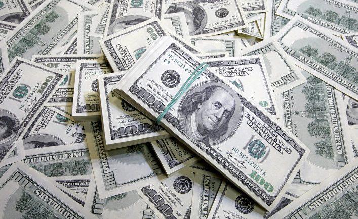 Из Кыргызстана перевели за рубеж рекордные $56.4 млн