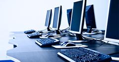 В Кыргызстане больше тысячи школ получат новые компьютеры