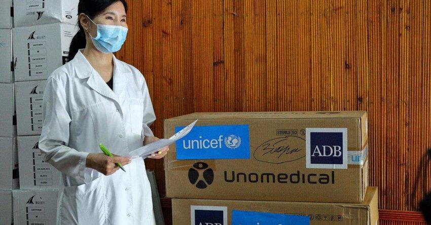 АБР и ЮНИСЕФ доставили в Бишкек партию медоборудования на $200 тысяч