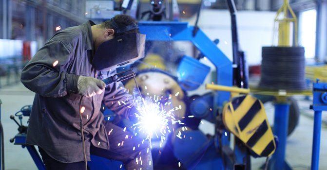 В РК объем промышленного производства увеличился на 3.3%
