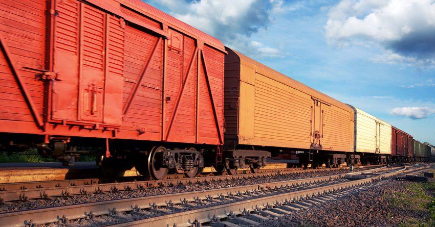 Экспорт из Кыргызстана нефтепродуктов железной дорогой снизился на 56.3%