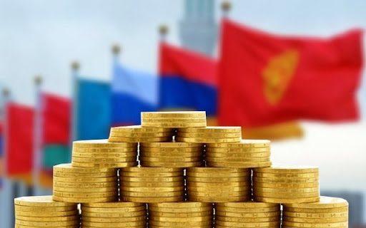 Внешняя торговля ЕАЭС с третьими странами в июле упала на 24.1%