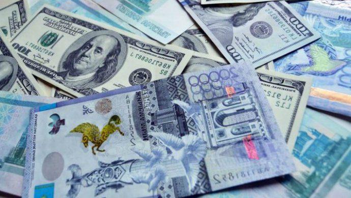 Через платежные системы РК ежеминутно проходят почти $14 млн