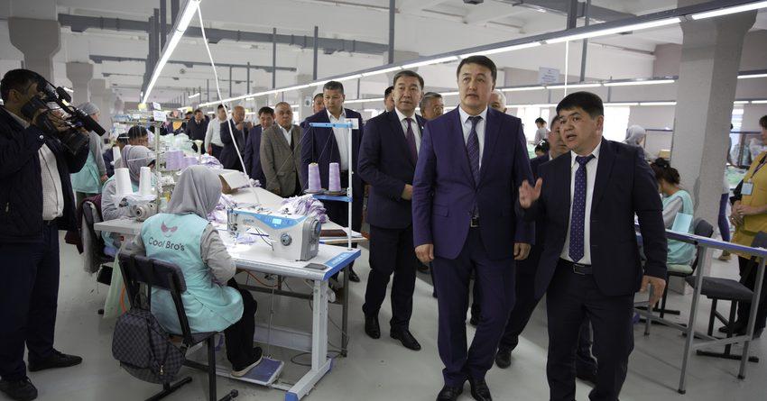 В КР производится до 120 млн единиц швейной продукции