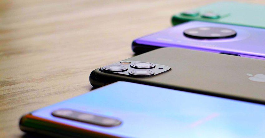 Поставки смартфонов из Китая в РФ отсрочили до 10 февраля