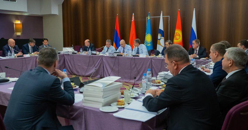 Страны ЕАЭС будут обмениваться данными о некачественной продукции