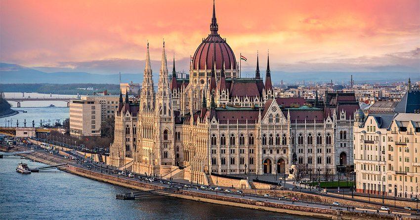 Венгрия увеличила число бюджетных мест для студентов из КР