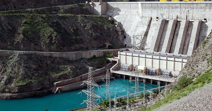 Глава Нацэнергохолдинга ознакомился с ходом реабилитации Токтогульской ГЭС