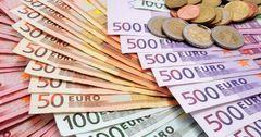 Дедолларизация России принесла пользу евро