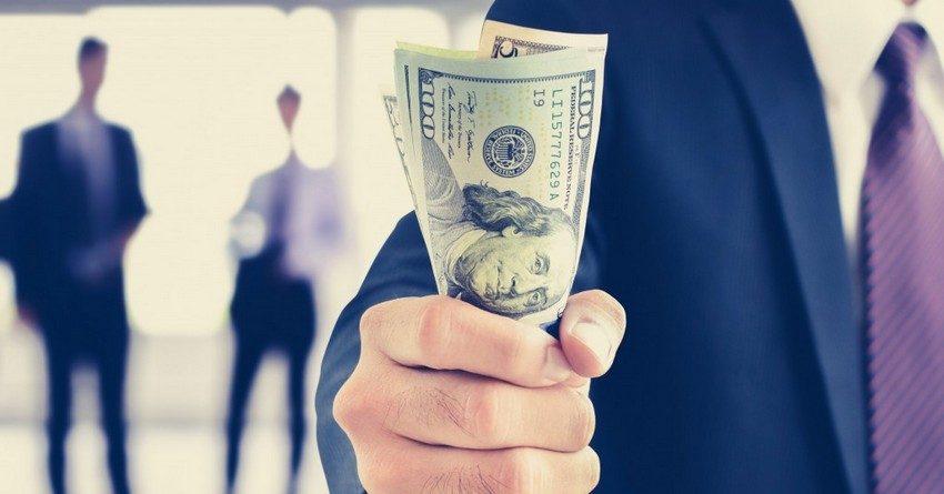 Общий акционерный капитал банков КР вырос на 1.8 млрд сомов