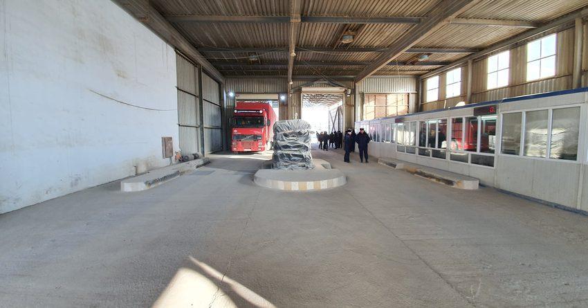 Сотрудник ГСБЭП организовал незаконный импорт товаров – ГКНБ