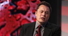 Акции Tesla упали после твита Илона Маска
