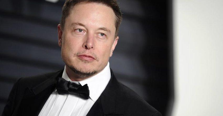 Илон Маск занял второе место в рейтинге богатейших людей мира