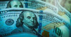 Нацбанк провел вторую за неделю интервенцию по сдерживанию курса доллара