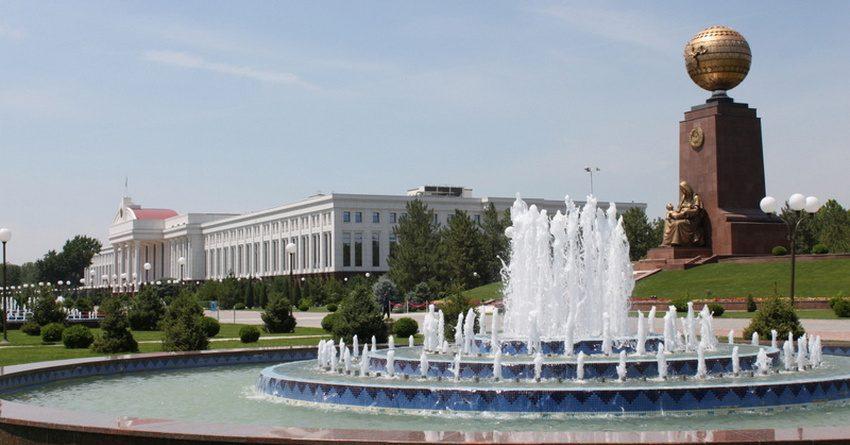Экспортерам Узбекистана больше не придется продавать 25% валютной выручки