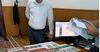 «Унаа» ишканасынын кызматкери2 миң доллар пара алып жаткан жеринен кармалды