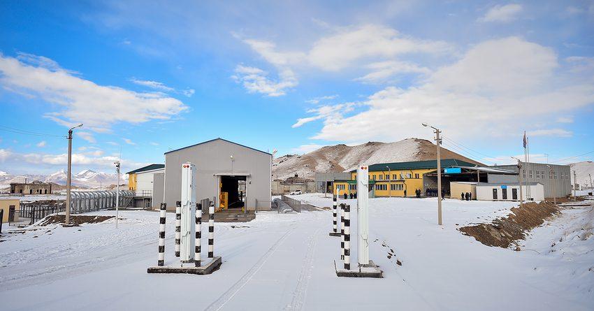 В конце января Китай временно закроет границу