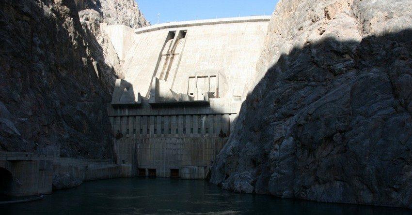 Чешская Liglass Trading CZ начнет строительство Верхне-Нарынского каскада ГЭС