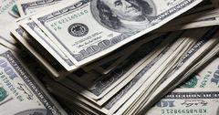 Комбанки перед праздниками купили наибольший в июле объем долларов