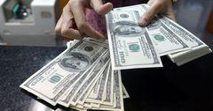 В Кыргызстане валютные депозиты снова популярней сомовых