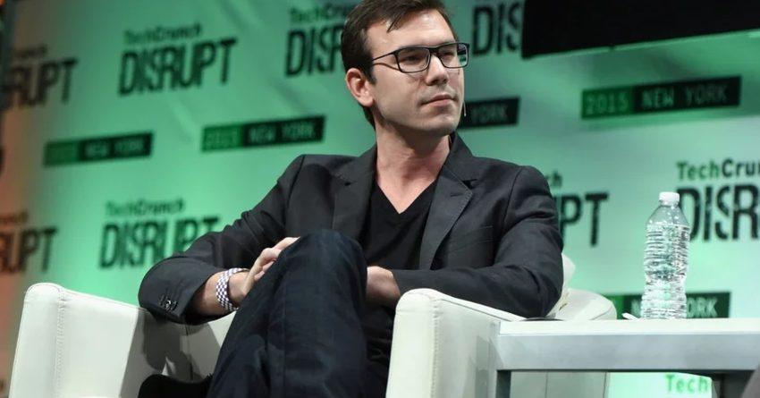 Сооснователь Oculus VR Нейт Митчелл сообщил об уходе из Facebook