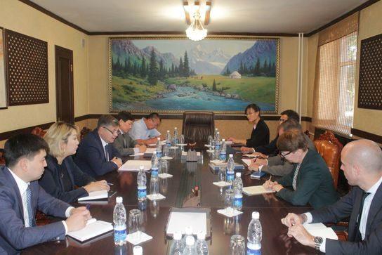 Олег Панкратов встретился с представителями МВФ