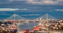 Приморский край РФ готов экспортировать в КР морепродукты и древесину