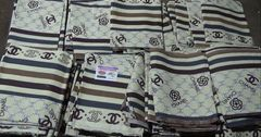 На российской границе изъяли одежду Chanel и Louis Vuitton из КР