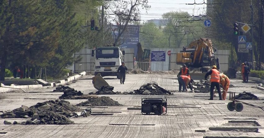 Подрядчик от КНР отремонтирует 60 улиц Бишкека