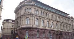 «Роснефть» сдала сама себе в аренду дворец, построенный для внука Николая I