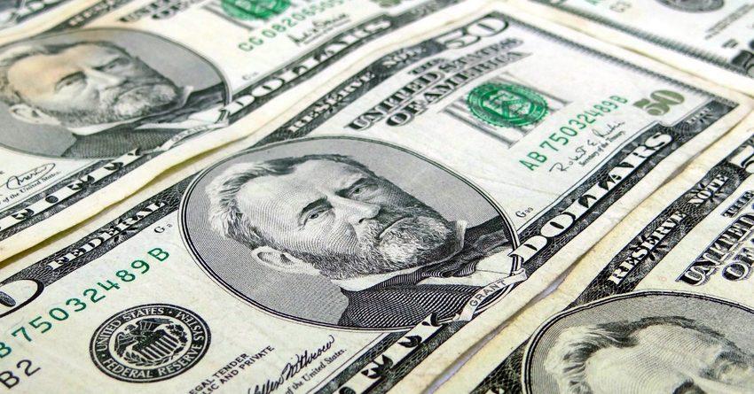 Банки Кыргызстана резко увеличили кредитование в инвалюте