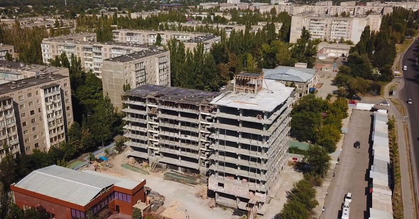 С начала года Госстрой провел инженерные обследования 38 зданий