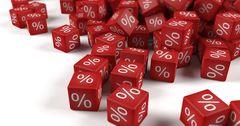 За год в КР выросли процентные ставки по сомовым и валютным депозитам