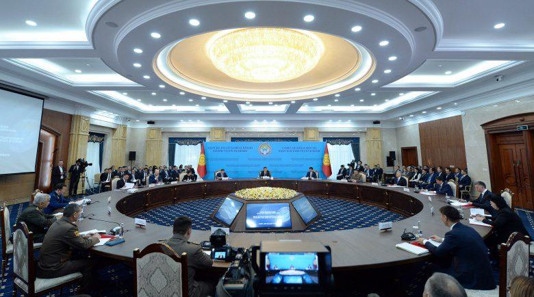 Решения Совбеза реализуются формально – президент