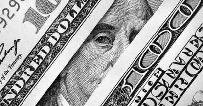 Минфин определился с прогнозом курса доллара на следующий год