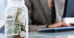 Сбережения кыргызстанцев сократятся из-за снижения доходов —ЕАБР