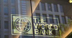 Кыргызстан ожидает 4.6 млрд сомов в виде грантов от АБР и ВБ