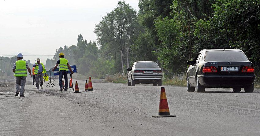 Минтранс ищет подрядчика для реконструкции дороги Бишкек — Кара-Балта