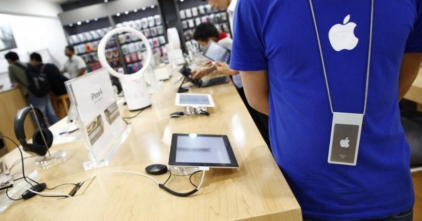 Соратника Стива Джобса невзяли наработу вApple Store