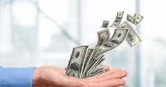 В июне кыргызстанцы перевели в Россию $48.6 млн